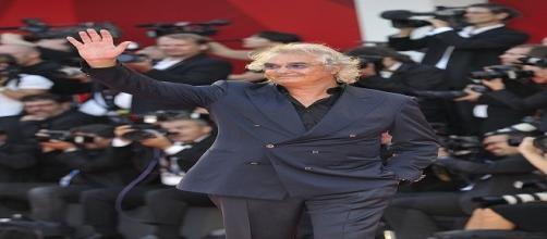 Flavio Briatore: il Tapiro d'oro da Striscia
