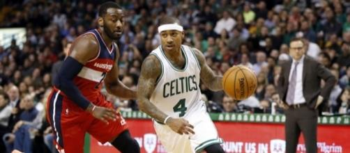 Isaiah Thomas Jr., ha estado imparable en postemporada. Foto: foreverbullets.com