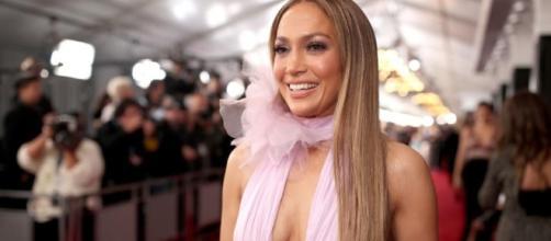 Jennifer Lopez is in love! - inquisitr.com