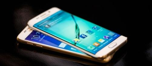 Samsung Galaxy S6 vs. Galaxy S6 Edge vs. HTC One M9 vs. LG G Flex ... - cnet.com