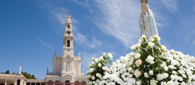 Antigo emigrante já ofereceu mais de 1.000 imagens de Nossa Senhora de Fátima