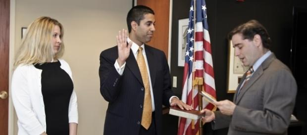 FCC chairman Ajit Pai takes the oath in January. (Photo via Wikimedia Commons)