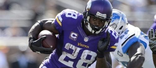 Adrian Peterson Detroit Lions Rumors: Green Bay Packers, Oakland ... - inquisitr.com
