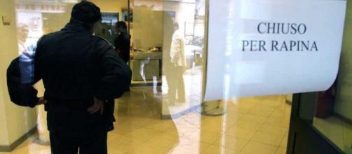 Arrestato poliziotto a Palermo, era la talpa di un gruppo di ... - blogsicilia.it