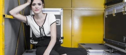 Atriz da Rede Globo, Isabelle Drummond, passou por momento de sufoco, em gravação da novela 'Novo Mundo'