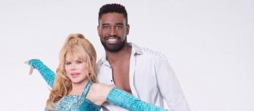 Dancing With the Stars' Week 3 - Photo: Blasting News Library - pinterest.com