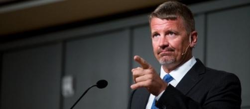 Feds investigate Erik Prince for money laundering, paramilitary ... - mlive.com