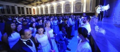 No Templo de Salomão (SP), 121 casais se uniram (Foto: Demétrio Koch/ Igreja Universal)
