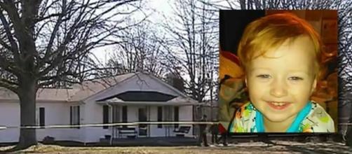 Una foto del portico dove è morto Landyn Melton