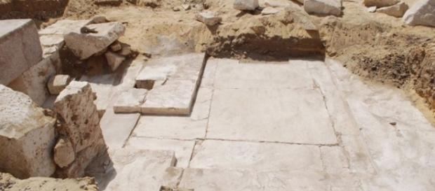 3,700yo pyramid remains found near ancient Egyptian burial site ... - rwstory.com