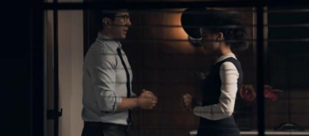 """David Schwimmer em cena de """"The Boss"""". Imagem: Reprodução."""