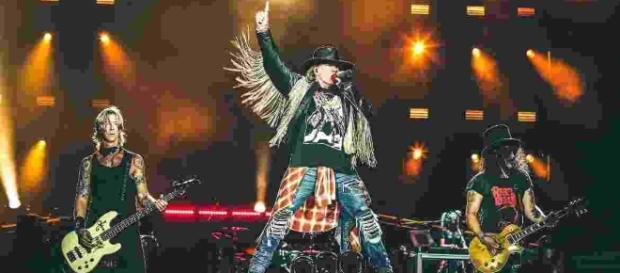 Guns N' Roses será headliner no dia 23 de setembro
