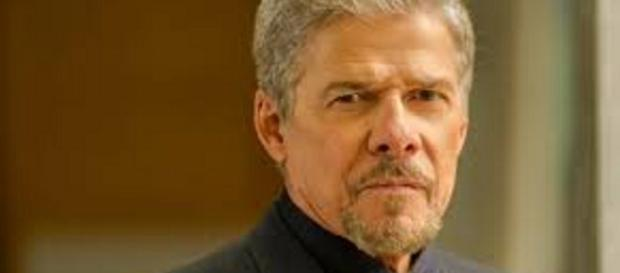 José Mayer admite assédio sexual e pede desculpas.