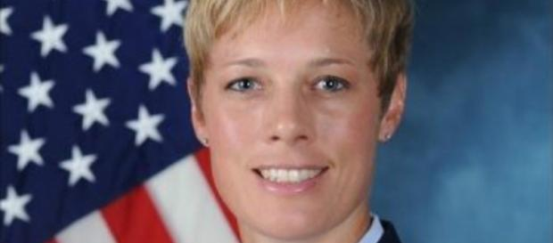 """Lesbian Colonel with """"Wife"""" & Kids to Take Charge of USAF Academy 