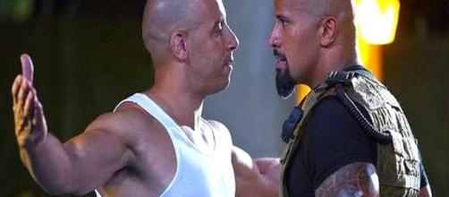 Atores de Velozes e Furiosos 8, Dwayne 'The Rock' Johnson e Vin Diesel.