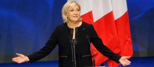 Des artistes français veulent faire barrage au Front National