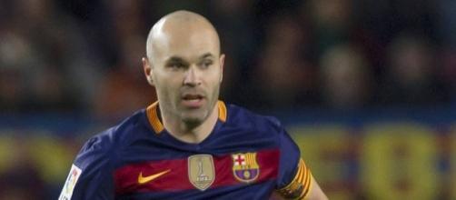 Iniesta el mejor jugador del mundo: Menotti - lopezdoriga.com