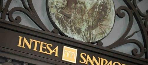 Intesa Sanpaolo nuova cessione NPL ipotecari da 1,35 miliardi