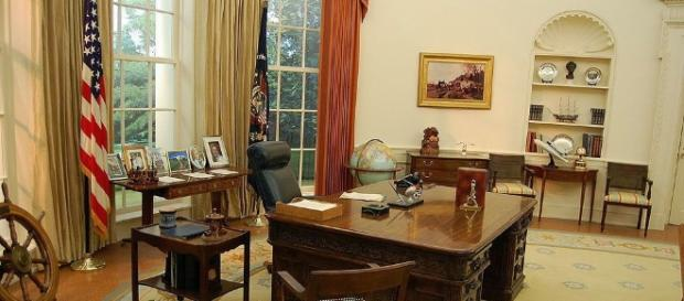 Oval Office Rugs | Presidential Carpets Of The Oval office - nazmiyalantiquerugs.com