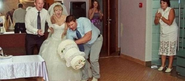 Parece que esse casamento não começou com o pé direito