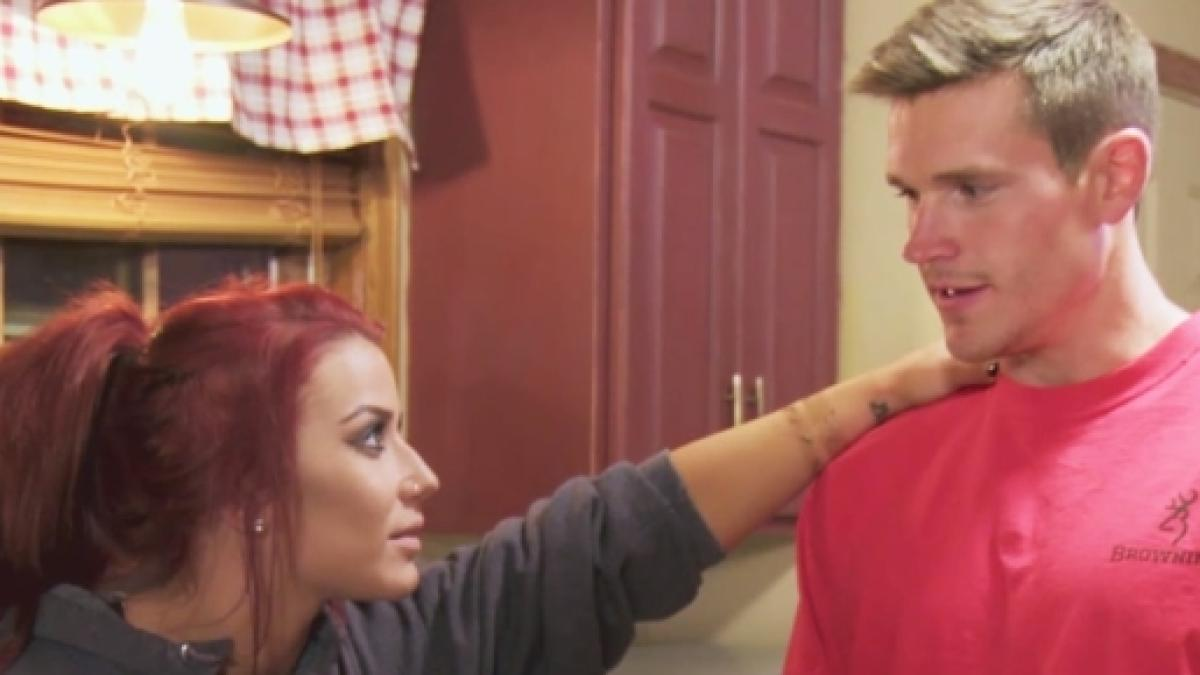 Teen Mom 2 Chelsea Houskas Husband Bashed For Not Wearing Wedding