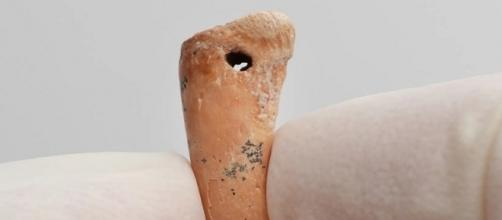 Researchers Discover Art And Jewelry Dating Back To Last Ice Age ... - techtimes.com