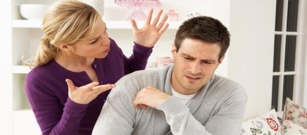 A mulher nunca deve falar tudo o que deseja, isso pode prejudicar a relação.
