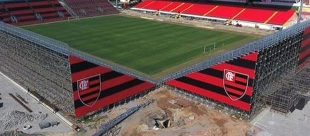 Arena da Ilha conta com problemas na tubulação de água (Foto: Coluna do Flamengo)