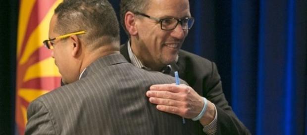 Leaders Tom Perez, former U.S. Secretary of Labor Deputy Chair: Keith Ellison from Minnesota's 5th district. DNC hug. (http://www.leftvoice.org)