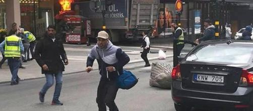 Attentato Stoccolma, Camion contro la folla: è terrorismo? - italiapost.it