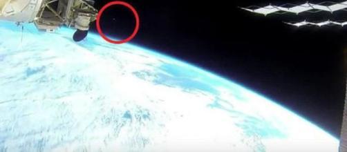 L'oggetto misterioso comparso nel feed della NASA