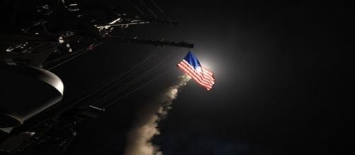 Trump frappe une base syrienne après l'attaque chimique de mardi
