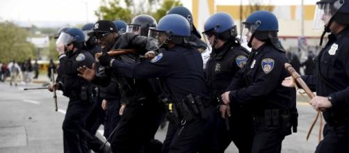 US JUSTICE DEPT.: Baltimore police routinely violated residents ... - businessinsider