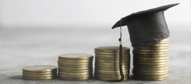 Detraibilità spese universitarie: ecco tutti i chiarimenti forniti dall'Agenzia delle Entrate con la guida al 730/2017 pubblicata nei giorni scorsi