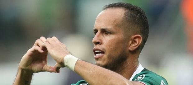 Guerra quer Palmeiras marcando forte na quarta-feira