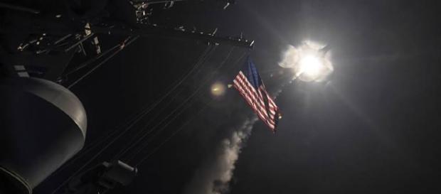 Mísseis Tomahawk foram lançado em direção a Síria