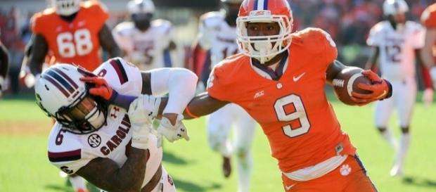 The Status of Wayne Gallman will decide CFB DFS This Week | PFF - profootballfocus.com