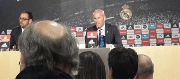 Zidane, hace unos días, en rueda de prensa en el Santiago Bernabéu. Foto: John Griswold