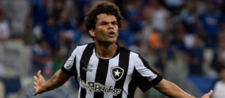 Destaque do Botafogo em 2016, Camilo pode estar de saída do clube