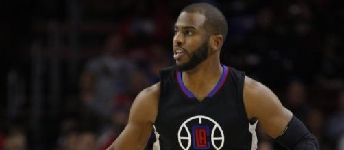 Chris Paul and the Clippers visit the San Antonio Spurs on Saturday night. [Image via Blasting News image library/inquisitr.com]