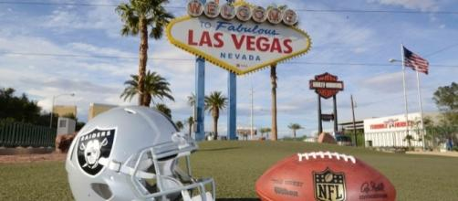 How NFL players reacted to the Raiders moving to Las Vegas | For ... - usatoday.com