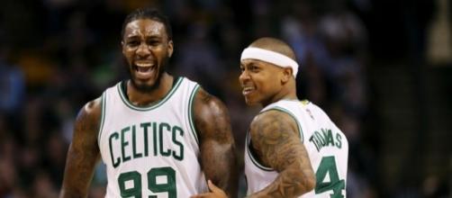 Thomas, Crowder and the Celtics defeated the Hornets 121-114 on Saturday. [Image via Blasting News image library/inquisitr.com]