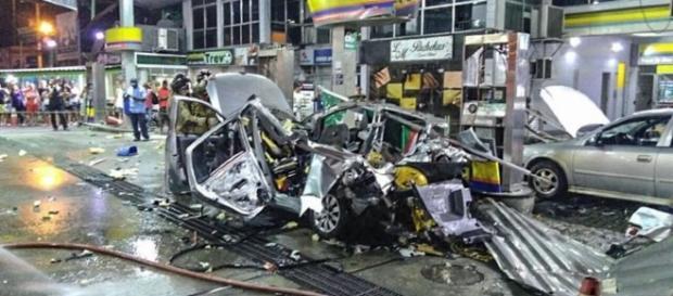O que restou do carro que explodiu no RJ