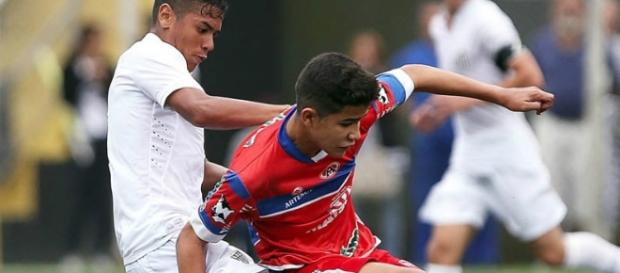 Santos empatou fora de casa com o São Caetano