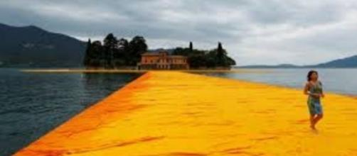 """Christo's """"Floating Piers"""" FAIR USE today.com Creative Commons"""