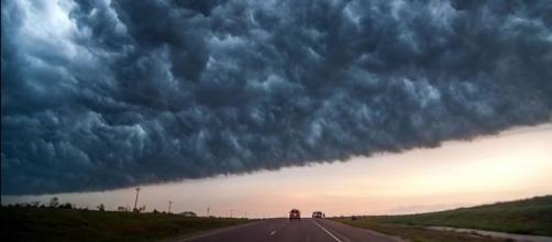 Deadly Storms Photography – Fubiz Media - fubiz.net