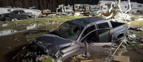 Johnson City Press: Powerful storms roll across South, causing ... - johnsoncitypress.com
