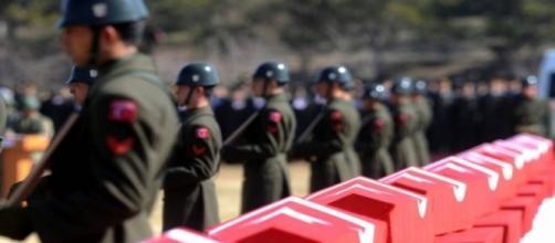 Pelotão de 24 soldados turcos foi abatido pelos militantes curdos