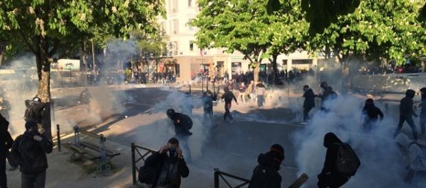 À Paris, les casseurs ont gâché la fête du 1er mai - sputniknews.com