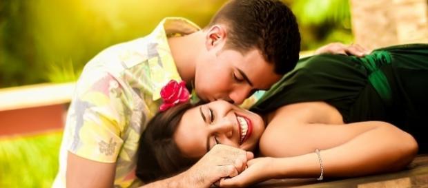 Elogios e mimos revitalizam o amor
